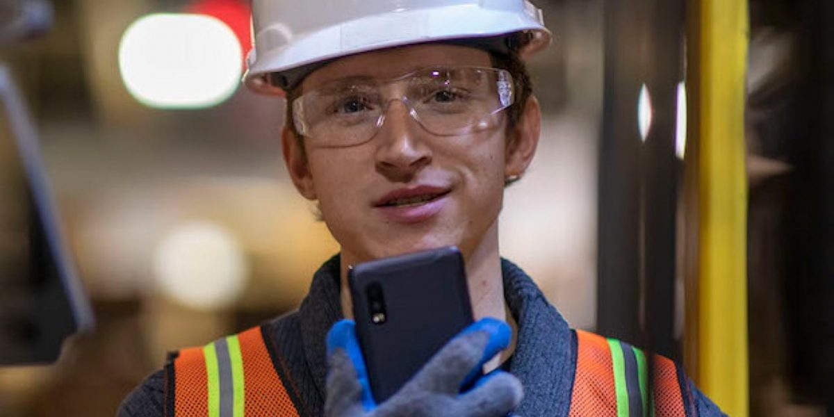 Best rugged mobile for Warehousing and logistics